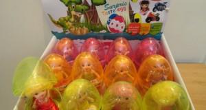 تخم مرغ عروسک